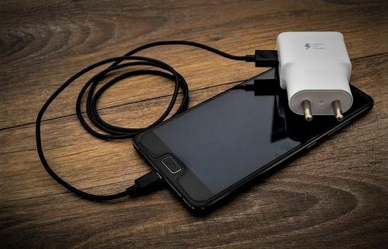Aksesoris Gadget Yang Perlu Dibawa Untuk Pergi Liburan